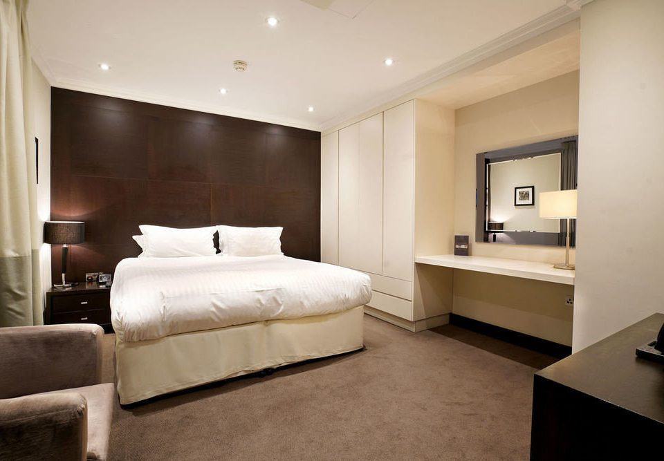 property Bedroom Suite living room home flat