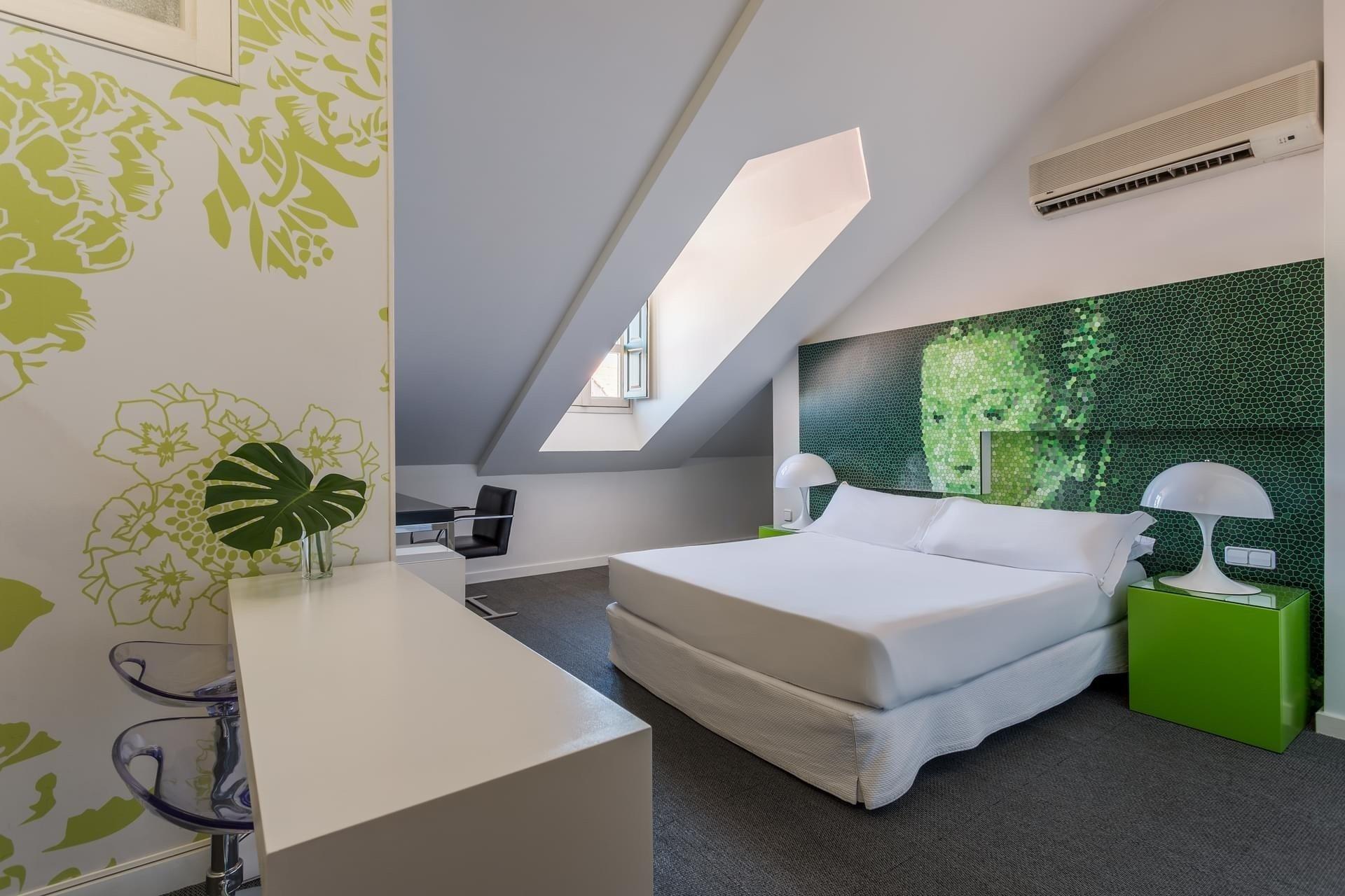 Hotel Room Mate Paris