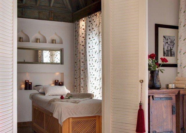 home Suite window treatment interior designer Bedroom flooring