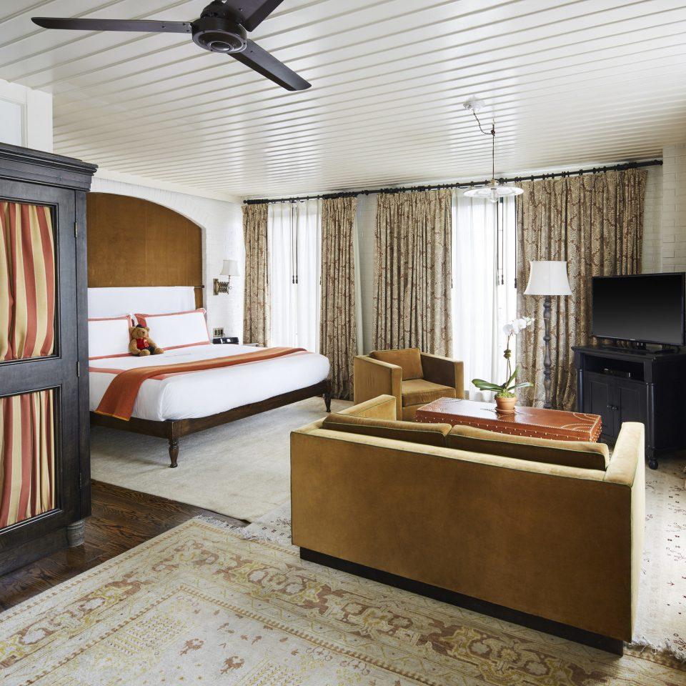 Bedroom flooring Suite interior designer