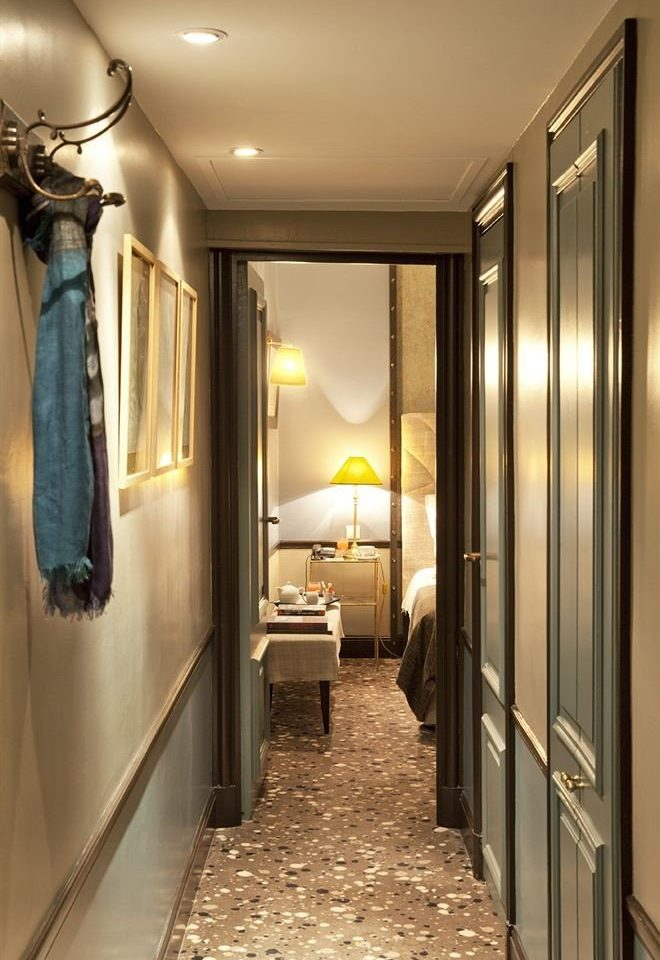 property home hall Bedroom Suite