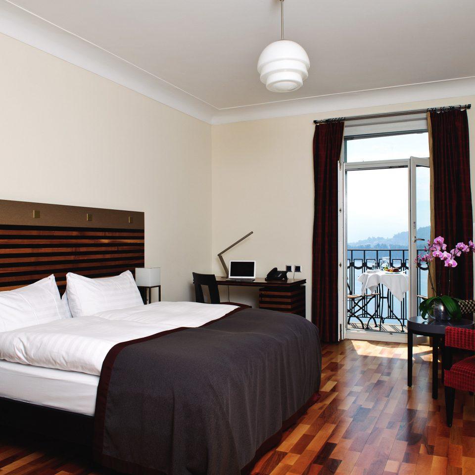 Bedroom property Suite hardwood