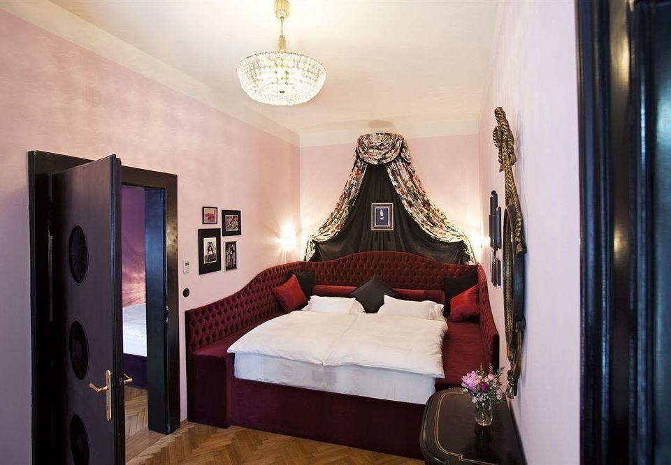 property Bedroom home Suite