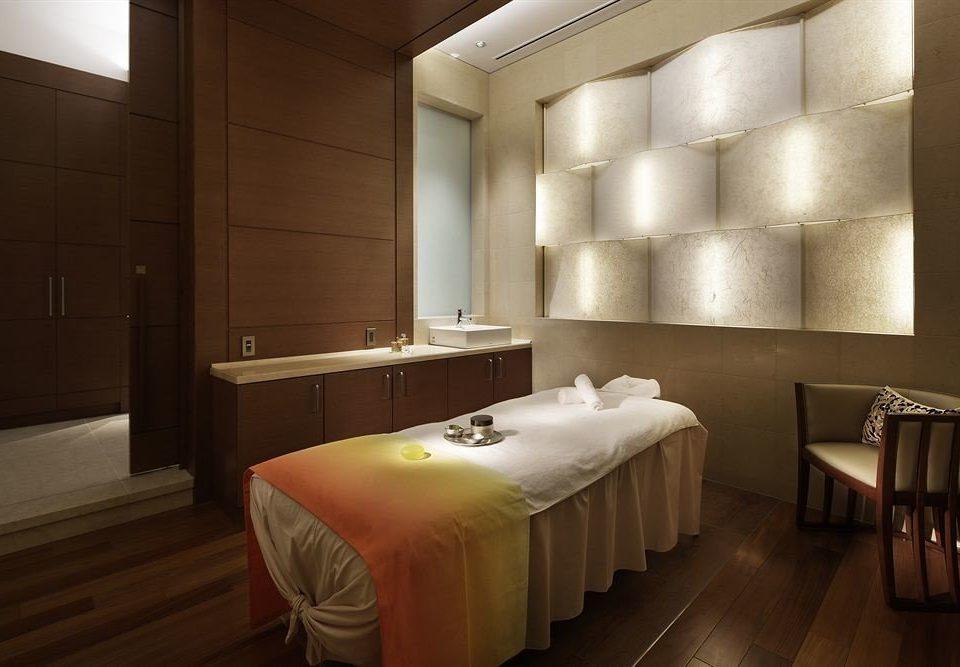 Bedroom Suite lighting