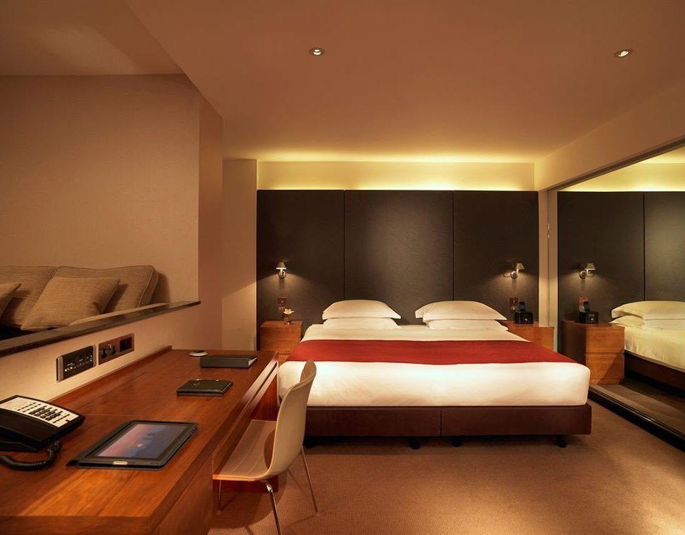 property Suite lighting Bedroom living room