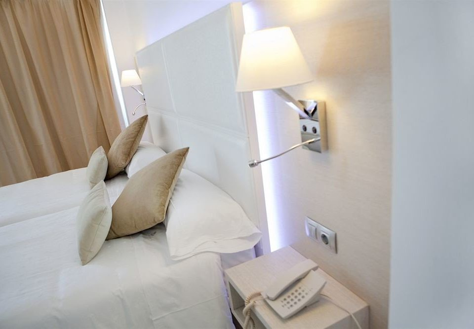property Suite lighting white Bedroom tan