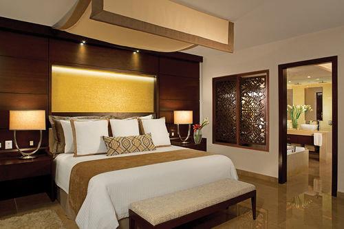 property Suite Bedroom living room