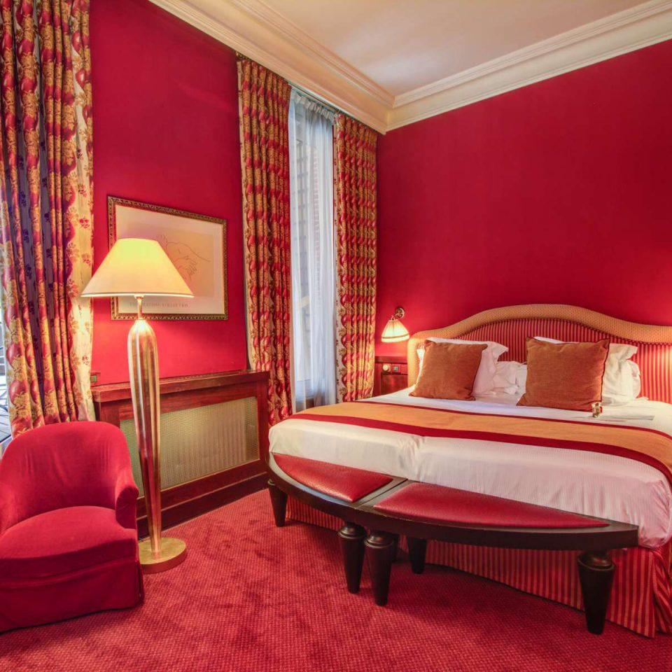 Bedroom Suite red