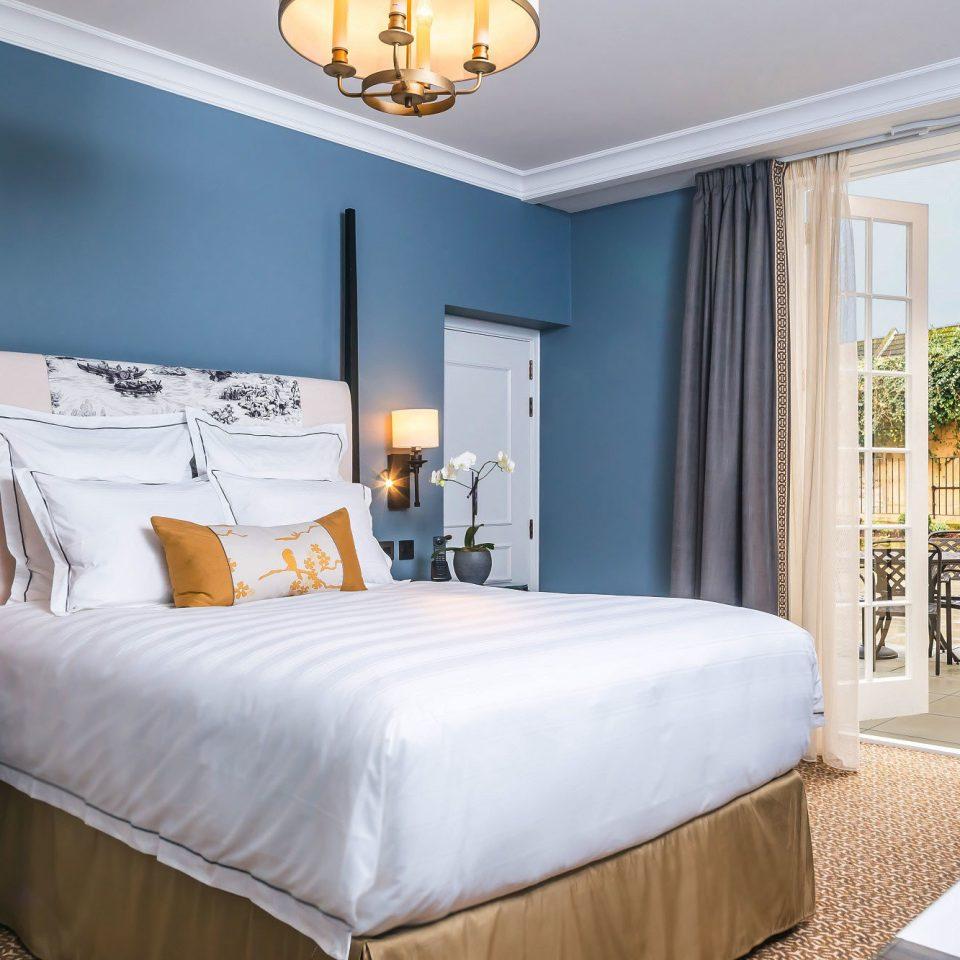 Trip Ideas Bedroom property home Suite living room cottage bed sheet bed frame