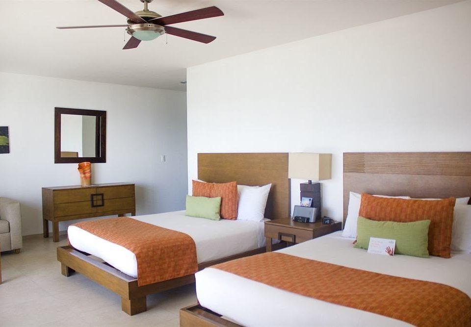 Bedroom Tropical property cottage Suite