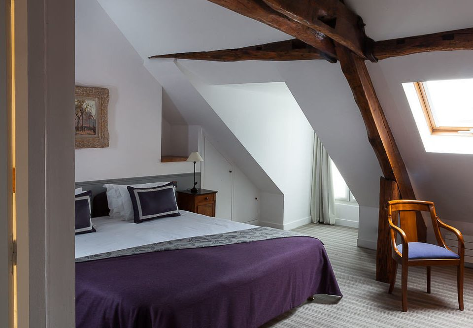 property Bedroom house Suite cottage Villa attic farmhouse