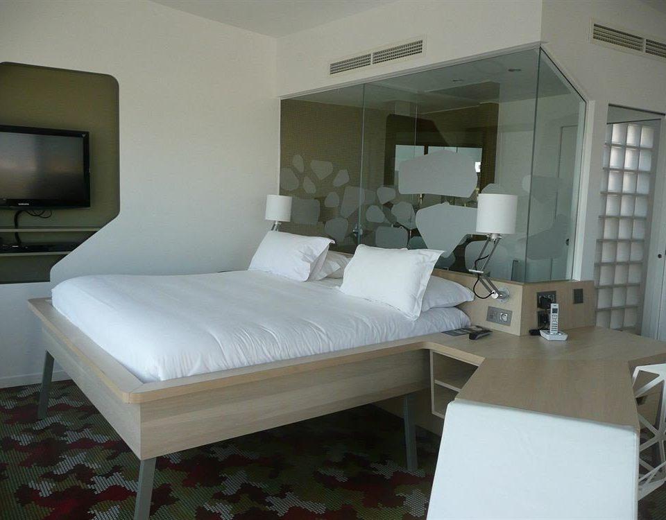 property Bedroom white condominium Villa living room cottage bed frame Suite