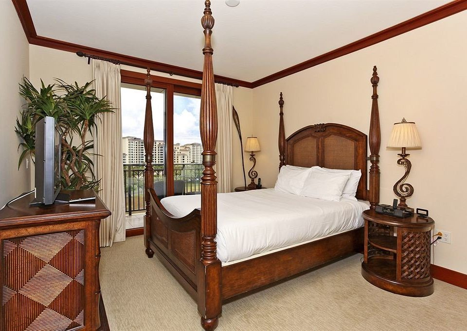 Bedroom property hardwood four poster cottage home bed frame Villa Suite