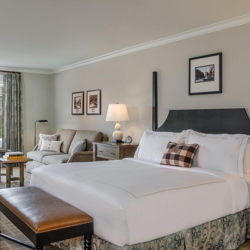 property chair Bedroom living room Suite home cottage hardwood Villa bed frame