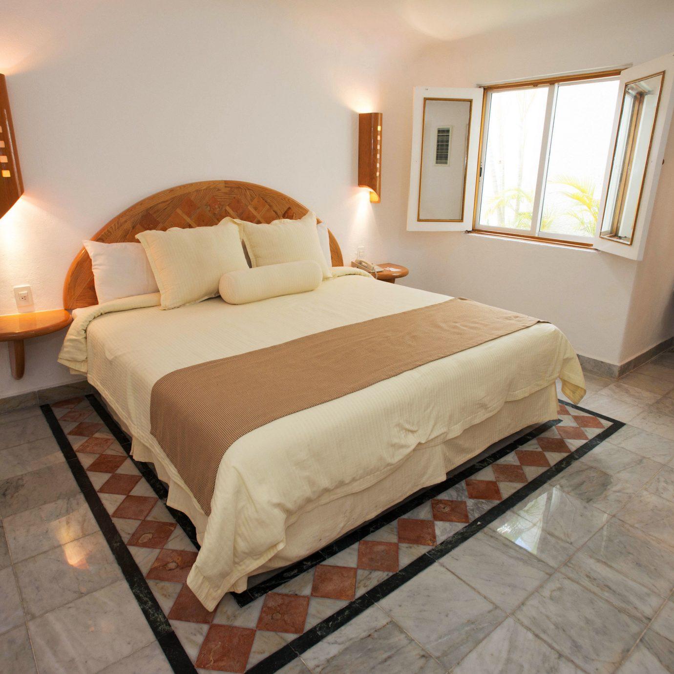 property Bedroom Suite cottage hardwood Villa bed frame bed sheet