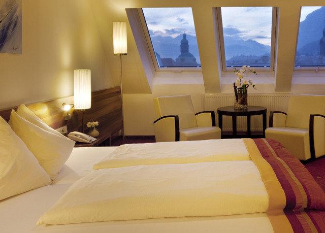 property Suite Bedroom bed sheet Villa pillow