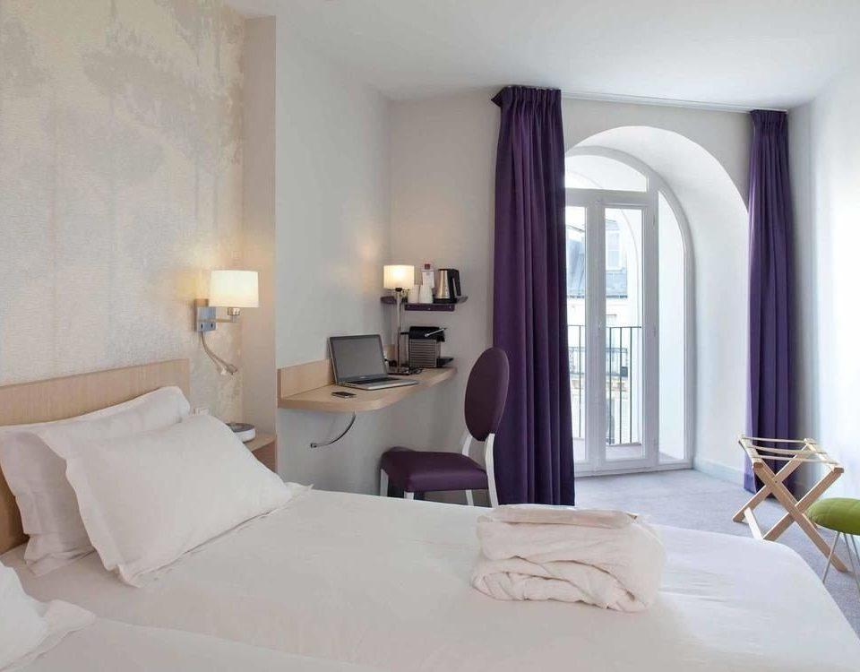 property Bedroom Suite white living room bed sheet cottage Villa