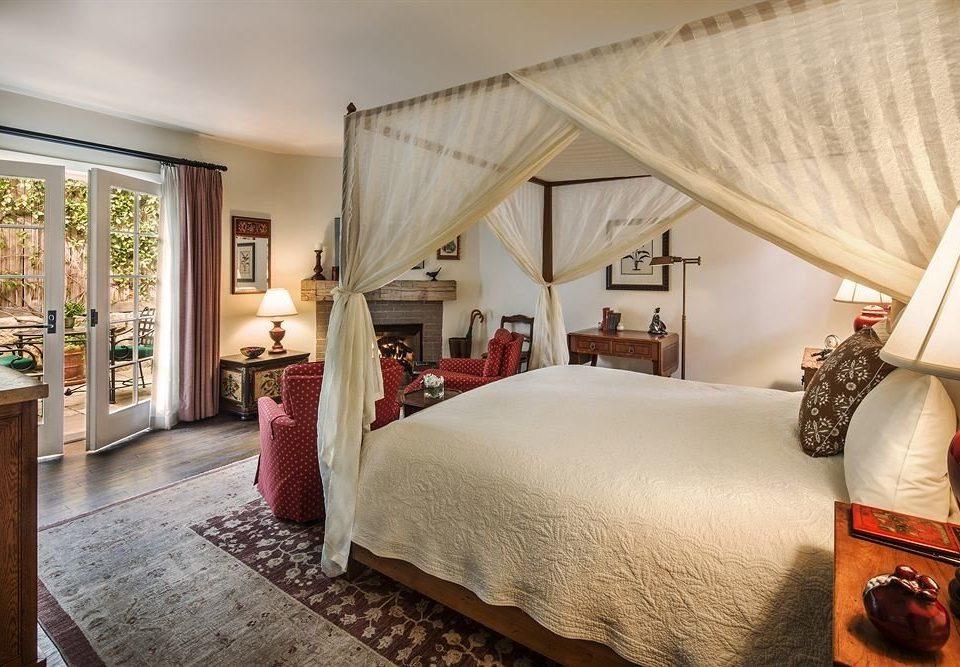 property Bedroom Suite home cottage living room bed sheet Villa pillow
