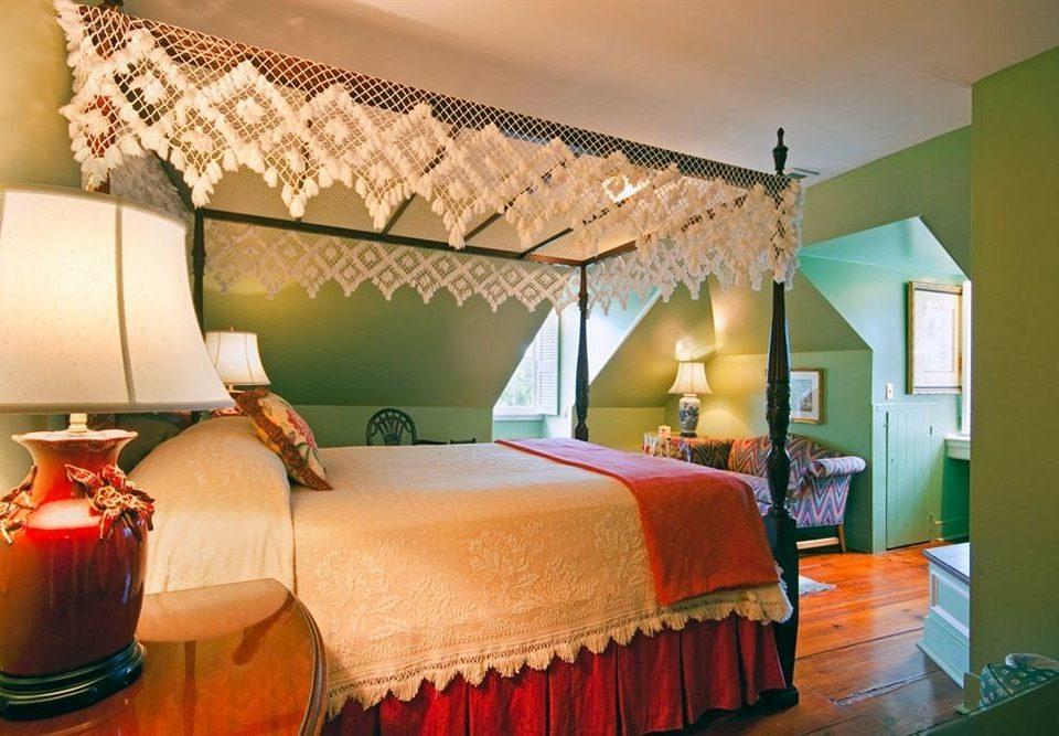 sofa Bedroom property Suite cottage bed sheet living room Villa lamp