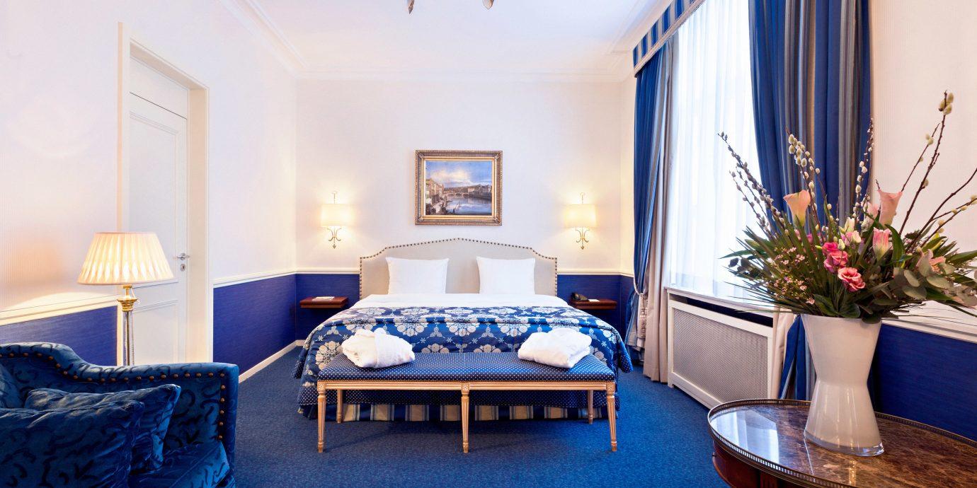 property Suite home living room Bedroom cottage Villa blue mansion