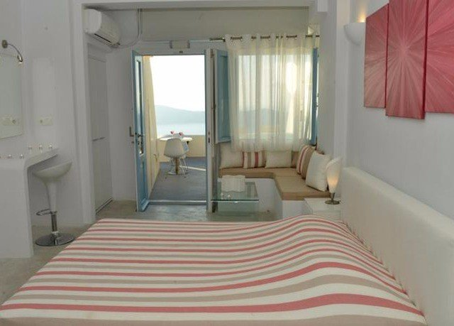 property building white Suite Bedroom cottage Villa condominium