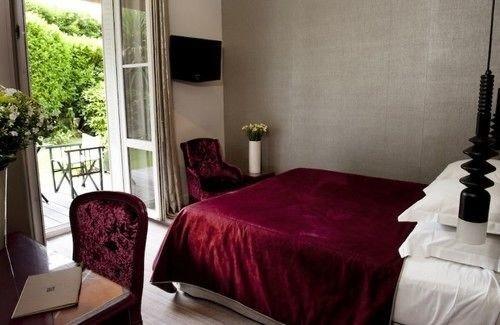 property building red cottage Suite Bedroom Villa