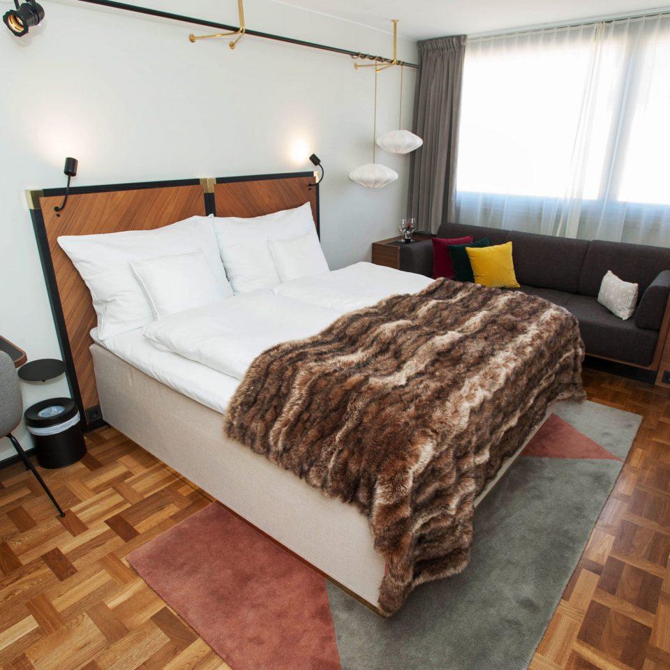 property building cottage Bedroom hardwood home Suite Villa living room
