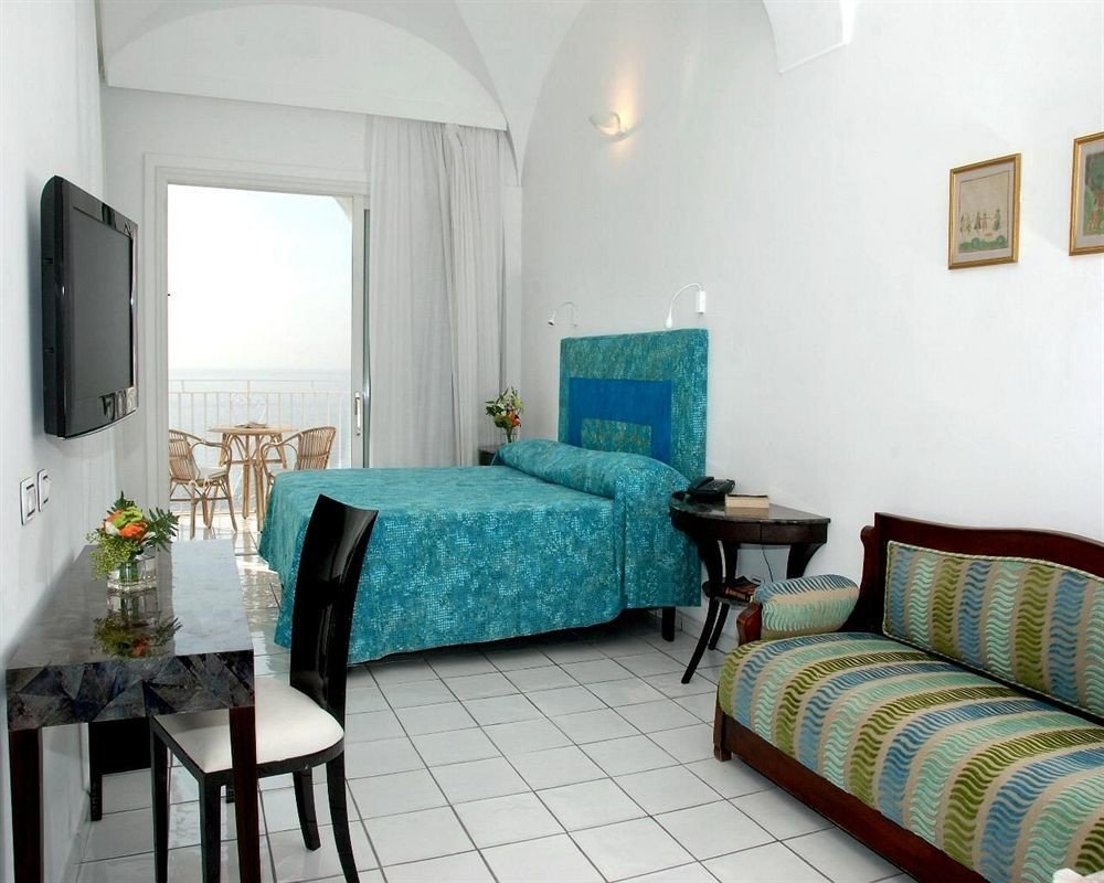 property green chair building cottage Suite Villa Bedroom living room condominium tiled