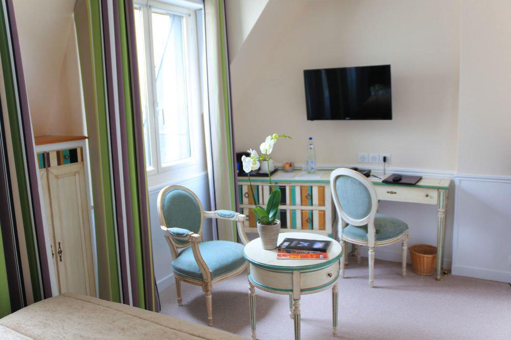 property chair building condominium home cottage Suite Villa Bedroom