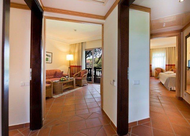 building property condominium Suite home Villa cottage Bedroom