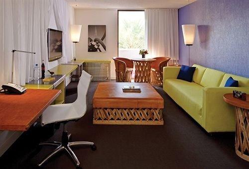 property chair Suite living room cottage Villa condominium Bedroom