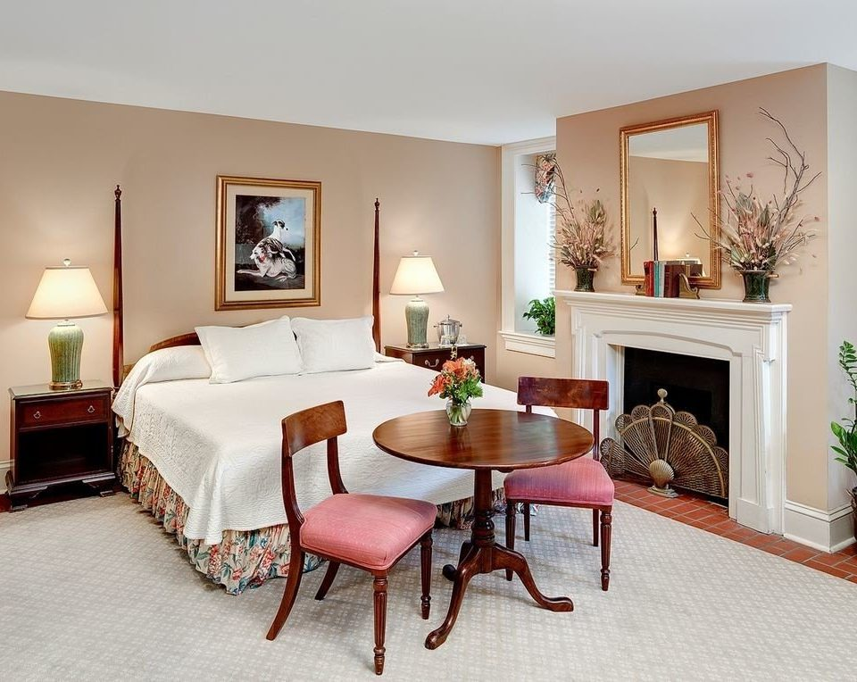 property living room chair home Bedroom hardwood Suite Villa cottage
