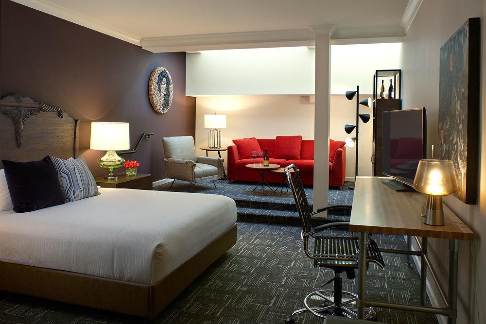 property Bedroom chair Suite living room home cottage condominium Villa
