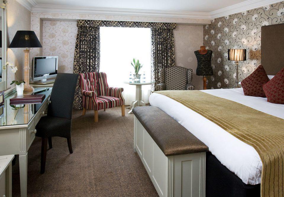property chair Suite living room cottage home Bedroom Villa