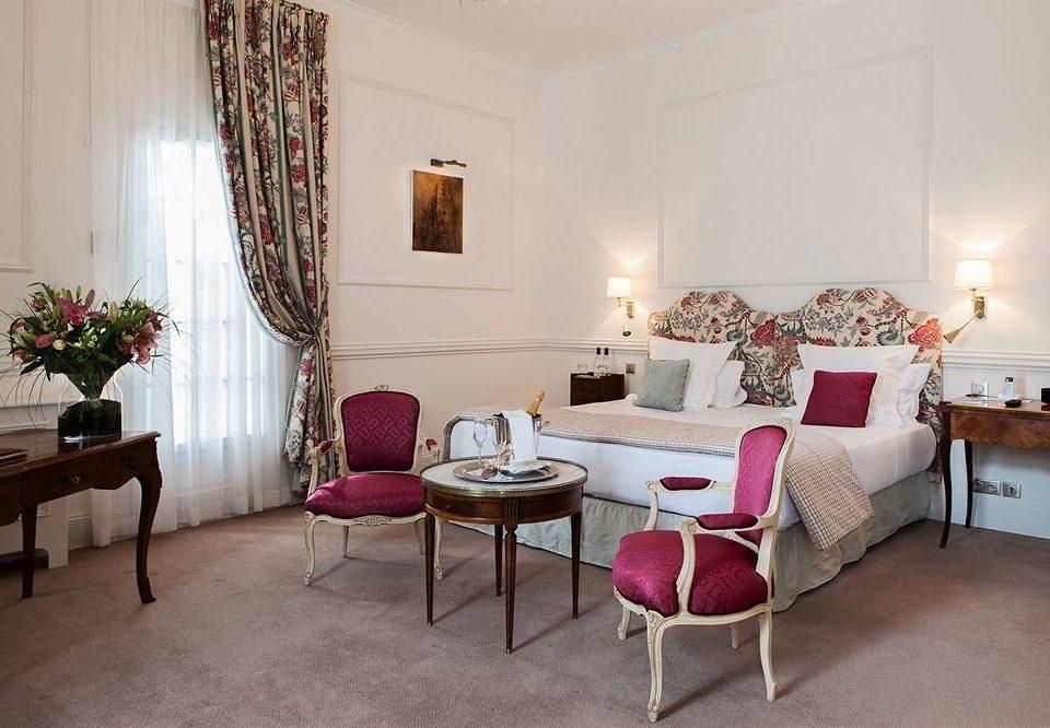 property chair living room Suite cottage home Villa Bedroom