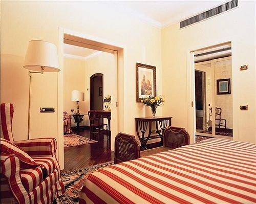 chair property Suite scene Bedroom cottage living room Villa