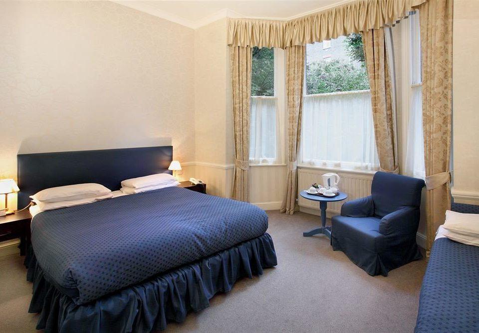 property Bedroom Suite cottage Villa clothes