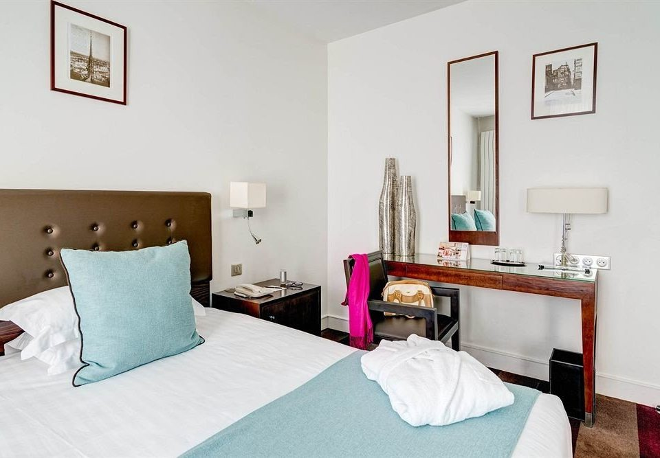 property scene Bedroom cottage Suite Villa colored