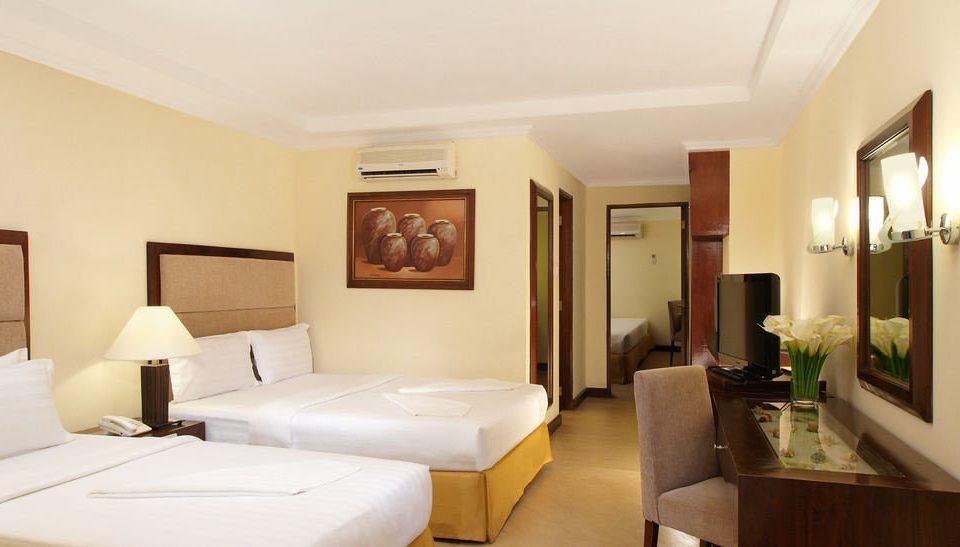 property Suite condominium Villa cottage living room Bedroom
