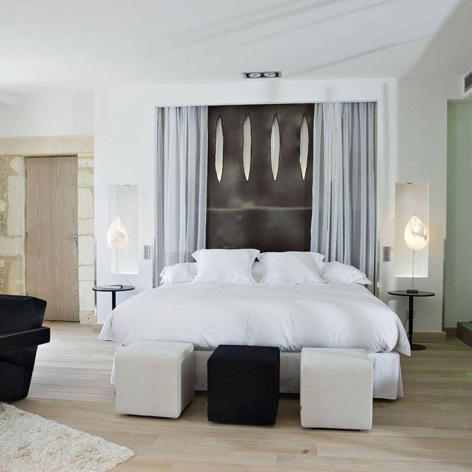 property Suite Bedroom living room home condominium mansion cottage Villa