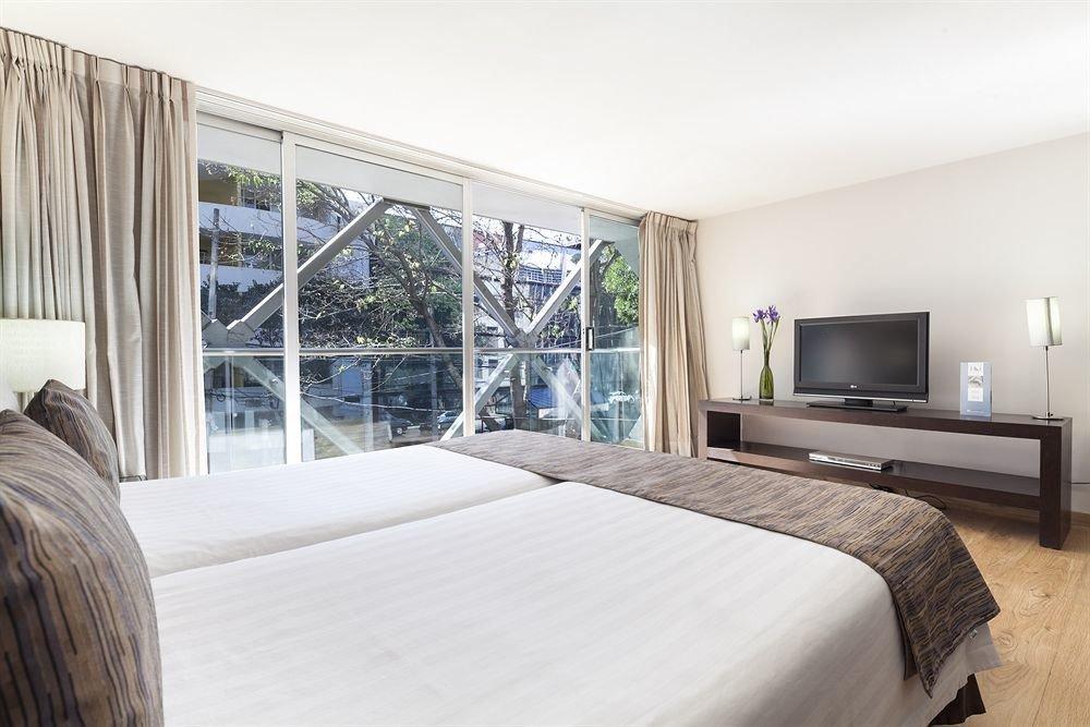 property Bedroom home condominium living room Suite Villa cottage