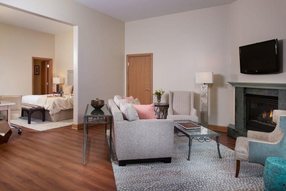 property living room home Suite cottage hardwood condominium Bedroom Villa