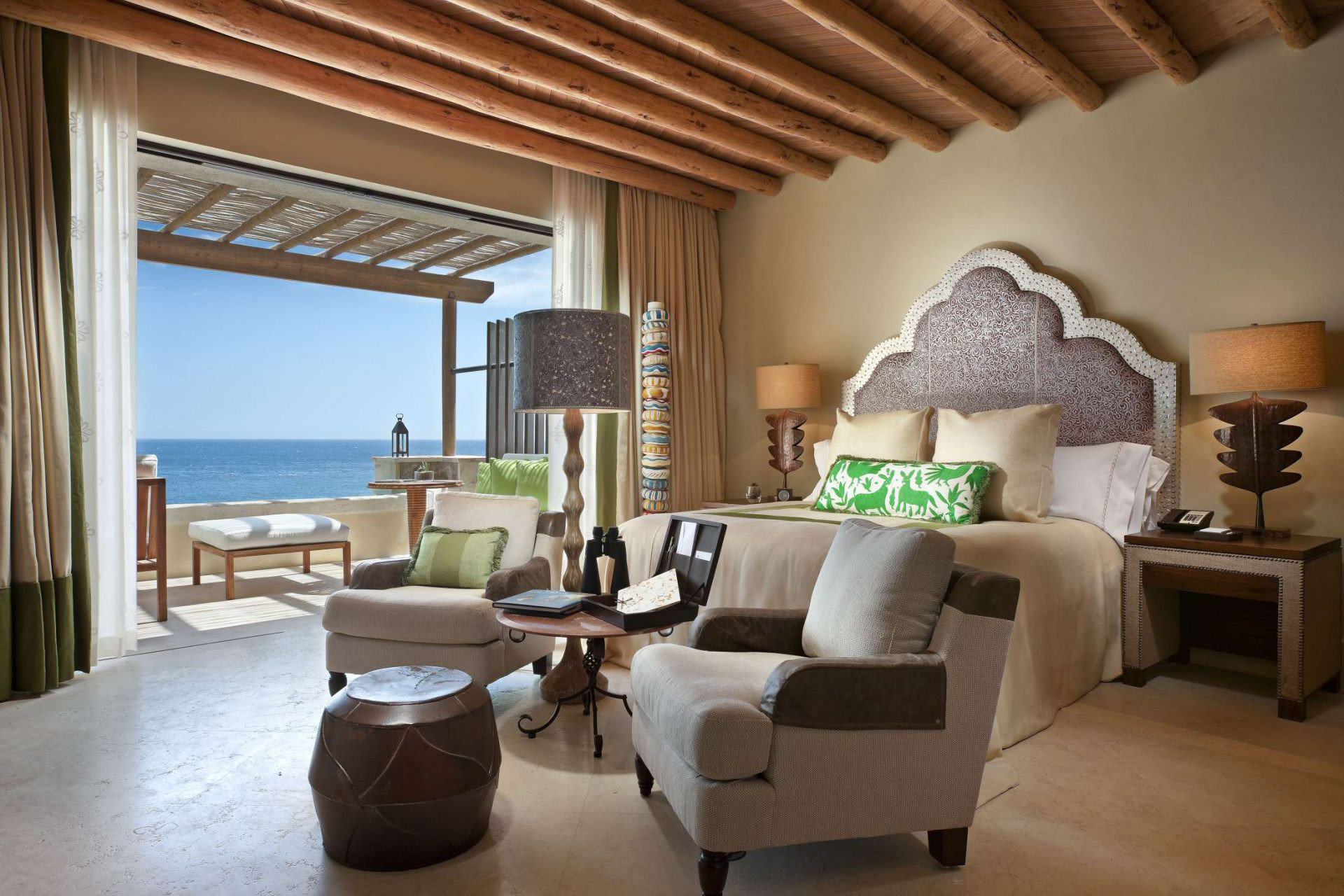 sofa living room property home cottage hardwood Villa Suite condominium nice farmhouse Bedroom