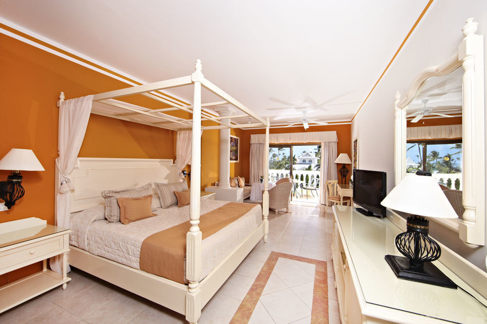 property living room home Bedroom Villa cottage Suite condominium