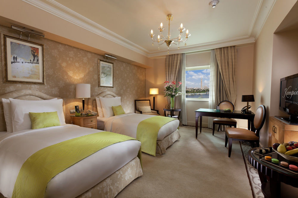 sofa property Suite living room home condominium cottage Villa mansion Bedroom nice