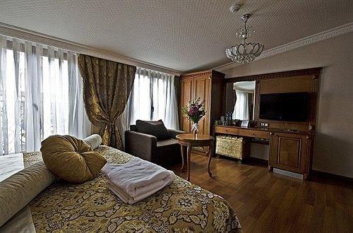 property living room Bedroom home Suite cottage hardwood condominium mansion Villa hard