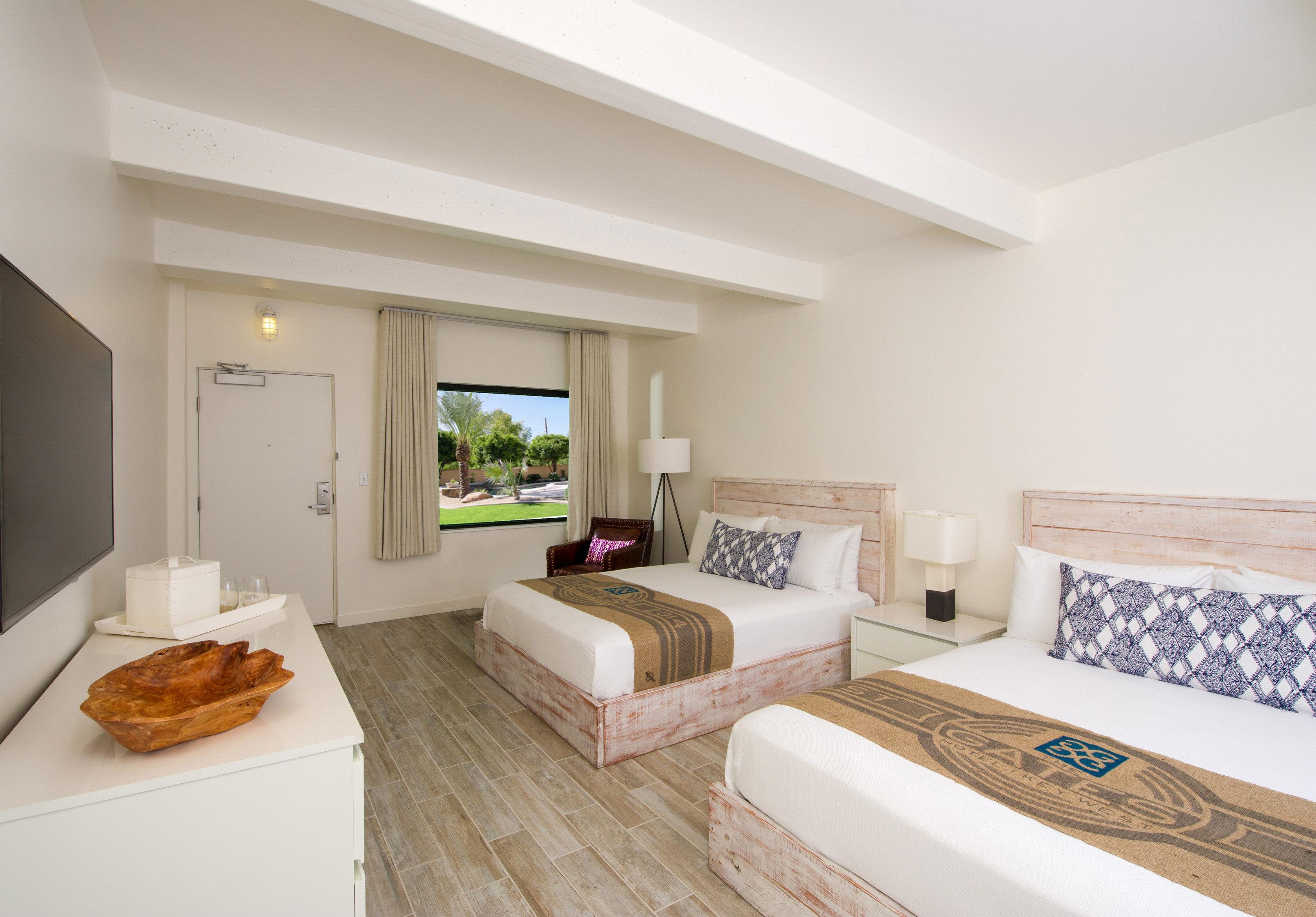property Suite home living room Bedroom cottage hardwood Villa condominium