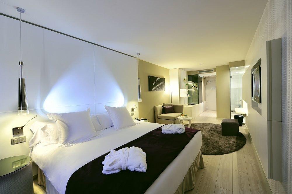 property Bedroom Suite condominium cottage Villa