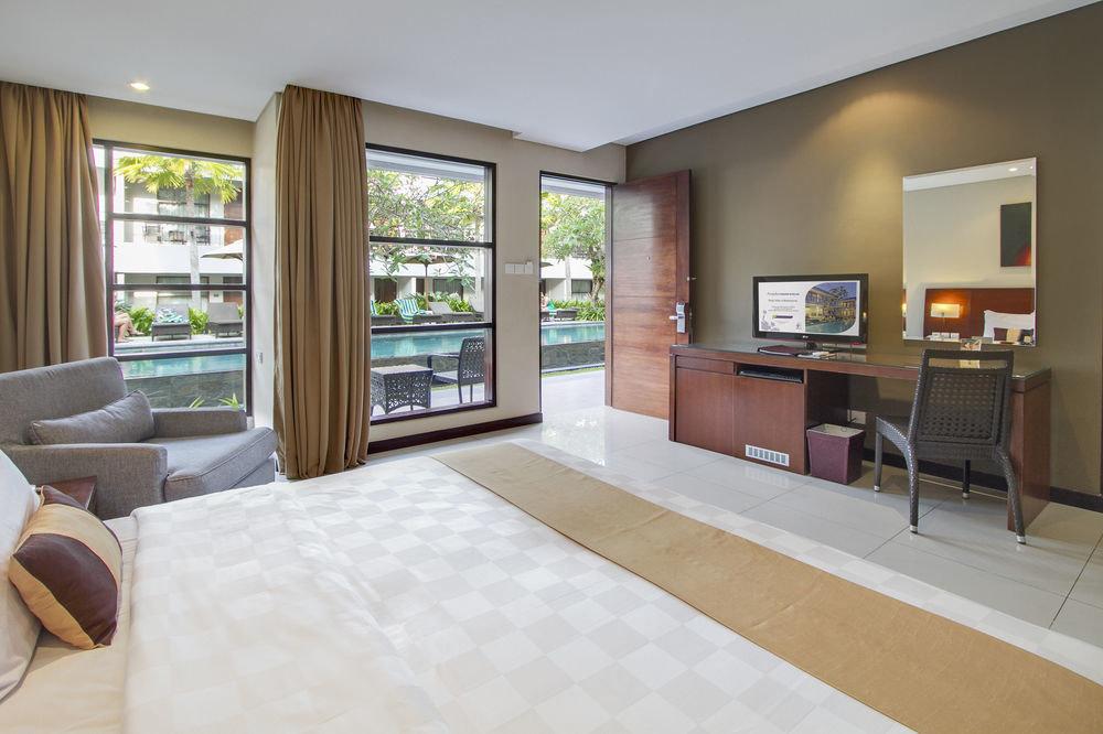 property living room condominium home hardwood Suite Bedroom cottage Villa