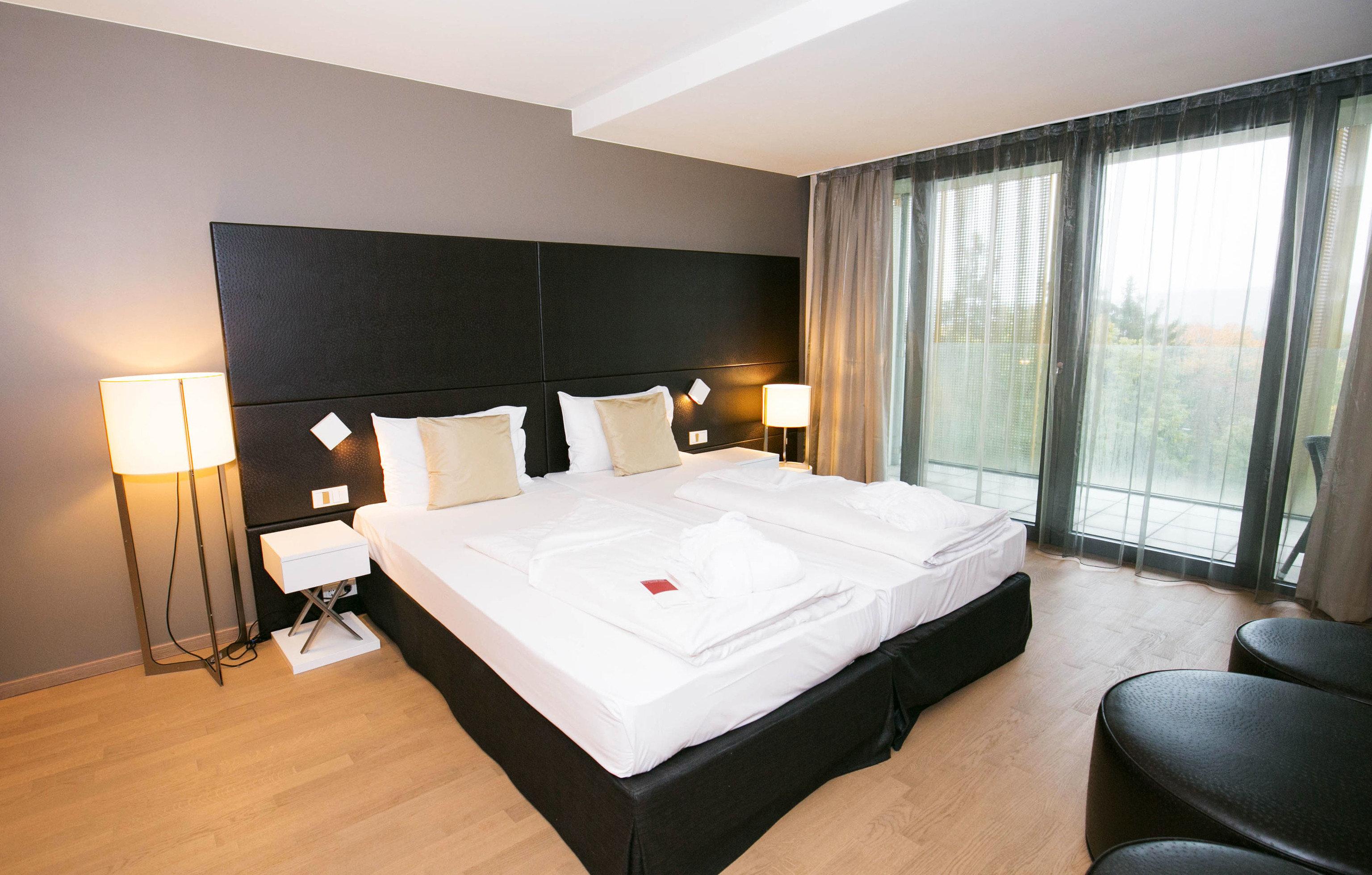 property Suite Bedroom cottage condominium Villa